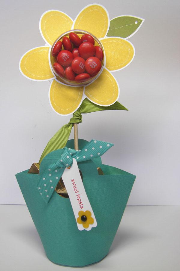 Sweet Treat Flower Sept 09